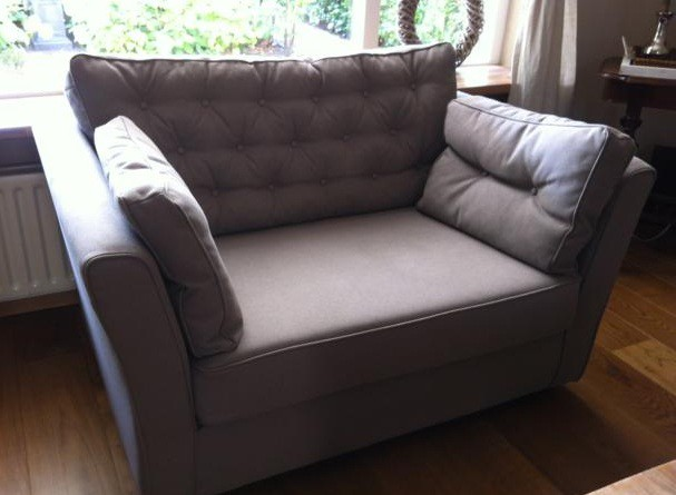 Loveseat met knopen Marylin
