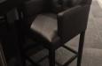 Gecapitonneerde barstoel op maat