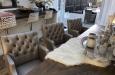 Design eetkamerstoel met knopen in luxe stijl