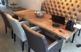 Eetkamerbank op maat en stoelen in luxe skai stof
