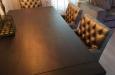 Luxe eetkamerstoelen Style & Luxury in skai stof met capitons