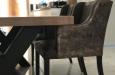 Moderne stoelen met slangenprint design