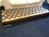 bronze-hocker-luxe-uitstraling-knopen