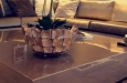 Hoogglans salontafel met schelpvaas modern